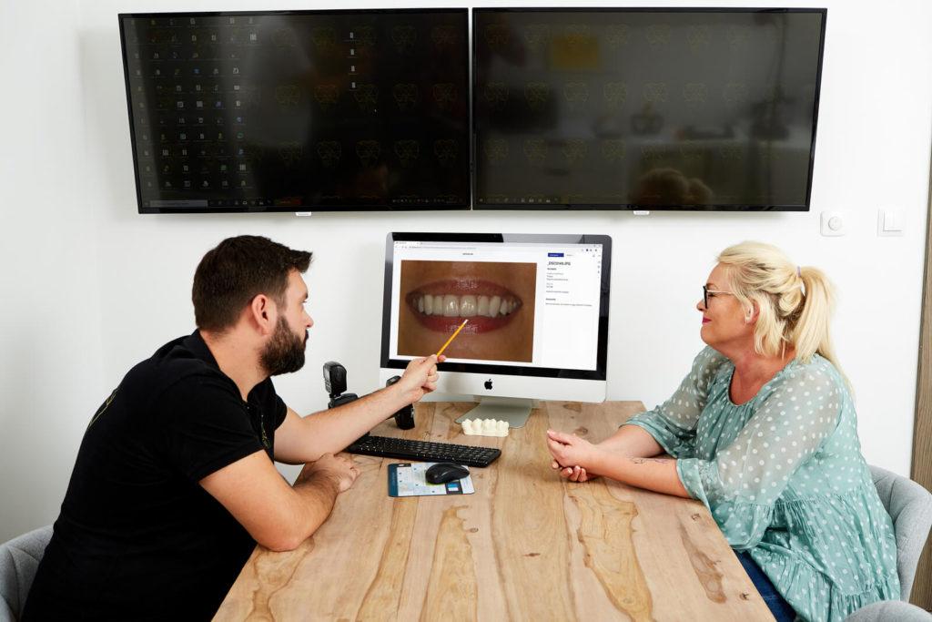 dentysta R Dent
